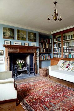 Jane Greenwood and her partner Peter Bloore undertook a heartfelt and sympathetic restoration on their family home - a Grade II listed building dating back to My Living Room, Home And Living, Living Spaces, Period Living, Home Libraries, Cottage Interiors, Cheap Home Decor, Home Remodeling, Decoration