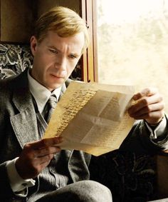 a beautiful new still of James D'Arcy in Cloud Atlas as young Rufus Sixsmith James D'arcy, Orient Express, High Society, Cloud Atlas 2012, Films Western, Film Science Fiction, By Train, Agatha Christie, Train Travel