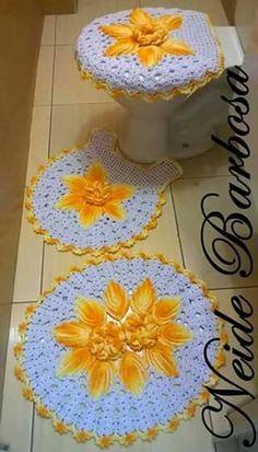 Crochet Mat, Crochet Carpet, Crochet Home, Crochet Doilies, Crochet Flowers, Crochet Stitches, Crochet Patterns, Homemade Rugs, Crochet Decoration