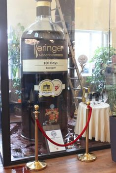Six firefighters from the Austrian town of Lustenau were called to a Chinese restaurant after staff noticed that their prized three-metre tall wine bottle, containing litres of Burgenland Zweigelt, was leaking. Wine Sale, Crazy Things, Weird Pictures, Chinese Restaurant, Fine Wine, Firefighters, Guinness, Wines, Wine Glass