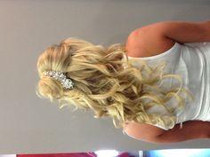 Wedding Hair. Loose Curls. Half up Half down Hair Style.