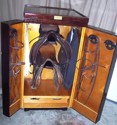 Small upright tack trunk. I really like this.