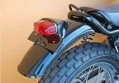 OSCAR : オスカー ルーカステール付きリアフェンダー・ミディアム 黒ゲル(GT-RF4BK1TL2) SUZUKI グラストラッカー用   ウェビック