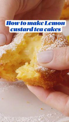 Lemon Dessert Recipes, Lemon Recipes, Sweet Recipes, Baking Recipes, Delicious Desserts, Yummy Food, Lemon Custard Tart, Vanilla Magic Custard Cake, Tea Cakes