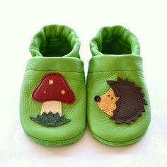 """Zapatos de piel para bebé, """"Seta y erizo"""" de Patufet por DaWanda.com"""