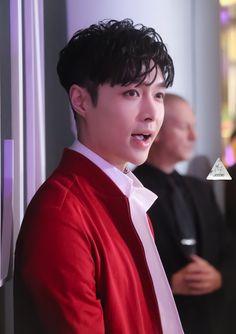 180126 #Yixing #Lay #Exo at Valentino  Event Hong Kong