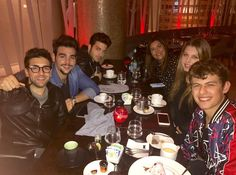 Repost barone_piero  Beautiful people, beautiful food and beautiful place!! What else can i ask for???
