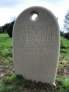 Headstones for graves: 10 stunning designs Unusual Headstones, Grave Headstones, Setting Up A Charity, Beautiful Lettering, Memorial Stones, Memento Mori, How To Raise Money, Constellations, Really Cool Stuff