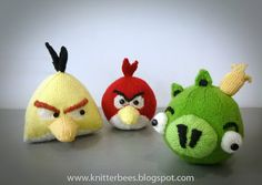 Free knitting patterns knitterbees: Angry Birds Red, Yellow Bird and Green Pig plush toy