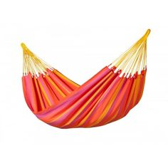 LA SIESTA single hammock Sonrisa Mandarine can be left outside all summer!Sonrisa is made of HamacTex® (polypropylene). This fibre is weatherproof, fast-drying and surprisingly similar to cotton in look and touch.  Sonrisa is from Colombia, where hammocks have always been an essential part of everyday life. A typical characteristic of all hammocks manufactured in Colombia is the open-loop-suspension.