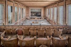 Theatre Jeusette - Ein verlassenes Theater und Kino in Belgien