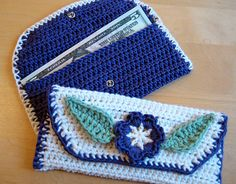 Ravelry: Dollar Size Purse pattern by Esther Chandler