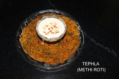 3vu's Kitchen: Thepla (Methi roti) Recipe (with Step by Step Phot...