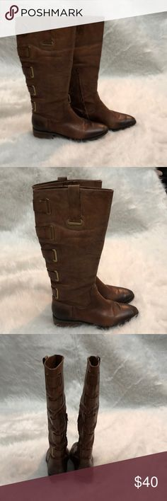Arturo Chiang Brown Leather Riding Boots Arturo Chiang Brown Leather Riding Boots with Gold Buckles Up the Back. Size 7.5. Used in a Good Condition Arturo Chiang Shoes Combat & Moto Boots
