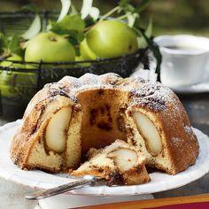 Saftig kaka med kryddiga päron | Matmagasinet
