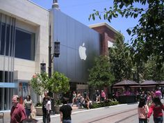 Apple Store The Grove Los Angeles CA,