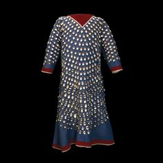 British Museum - Wool dress Crow, around AD 1900 From the American Plains, North… Native American Clothing, Native American Beadwork, Native American Women, American Indian Art, Native American Indians, Native Americans, Crow Indians, Plains Indians, Female Clothing