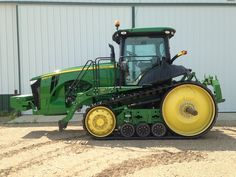 More than 70 pieces of equipment are now discounted or competitively priced from John Deere dealers on Proxibid. Buy now or make an offier on this 2012 John Deere 8360RT, currently priced at $210,000.