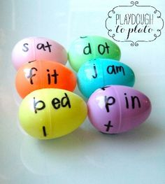Egg Word Families is a creative way to teach young learners word identification. Using plastic eggs and a permanent marker you can make a very simple but effective game for your students. Reading Games For Kids, Teaching Reading, Kids Learning, Reading Help, Phonics Reading, Early Reading, Learning Tools, Reading Room, Learning Spanish
