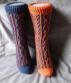 Ravelry: Tussilago pattern by Kerstin Bettig