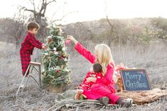 Family Christmas Photos // Kylie Chevalier Photography