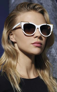 Sunglasses Thierry Lasry in colors white. Sunglasses Thierry Lasry Butterscotch #thierrylasry #sunglasses2017 #sunglasses http://lenshop.gr/manufacturers/13001-thierry-lasry/sunglasses