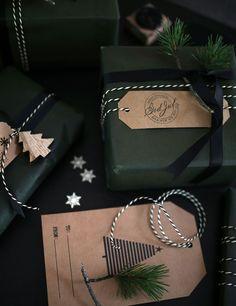 IMG_2327 Gift wrapping Christmas