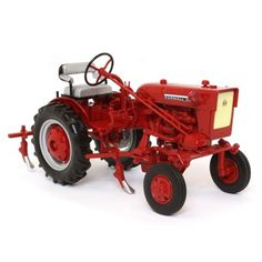 """International Harvester Farmall Cub Tractor with Cultivator """"Classic Series"""" Diecast Model by Speccast Farm Images, Farm Toys, Case Ih, John Deere Tractors, Classic Series, International Harvester, Rubber Tires, Old Farm, Diecast Models"""