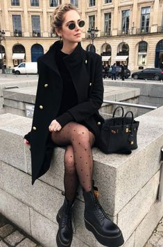 Paris Outfits, Winter Dress Outfits, Cute Winter Outfits, Winter Fashion Outfits, Mode Outfits, Autumn Fashion, Dress Winter, Fur Fashion, Formal Fashion