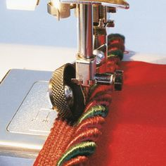 How to sew jumbo trims using the roller foot. #SewingTip #Trims
