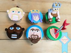 Clash of Clan cupcakes.