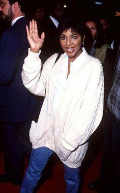 Toni Braxton 1990's style