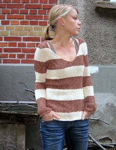 Big stripy sweater. I dont reallt want to knit this, i just want to own it. Grasflecken: knitting pattern