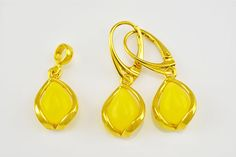 Natural Baltic Amber Sterling Silver Gold Plated 925 Jewelry Set Earrings & Pendant Amber Earrings, Baltic Amber, Earring Set, Jewelry Sets, Minerals, Product Description, Sterling Silver, Stone, Pendant