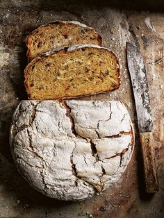 pumpkin, speck and fennel no-knead loaf