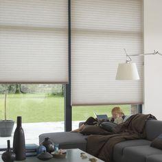 Disponible en @latorredecora y http://latorredecoracion.com/ Get inspired by Luxflex window decoration. Cortinas Duette® - 64 mm