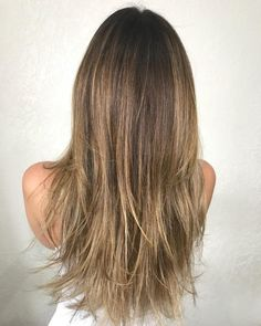 40 Picture-Perfect Hairstyles for Long Thin Hair Wispy Cut For Long Straight Hair Cute Hairstyles For Kids, Haircuts For Fine Hair, Girl Haircuts, Quick Hairstyles, Straight Hairstyles, Teen Hairstyles, Beautiful Hairstyles, Medium Hairstyles, Hairdos