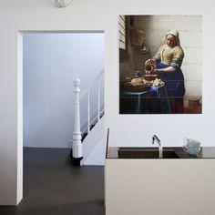 Een schilderij van het melkmeisje in je interieur. Voor de kunstliefhebber. https://www.boer-staphorst.nl/inspiratiereis/