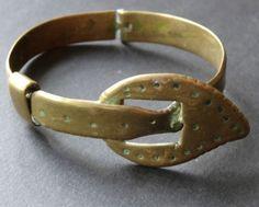 antique-Edwardian-belt-buckle-brass-bangle-bracelet-trench-art-WWI-C377