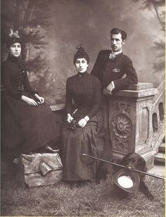 Mathilde with her siblings Julia and Joseph. Joseph would be the only one of the siblings to remain in Russia after the revolution. He died of starvation during the second world war.