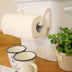 Fridge tissue magnetic holder fit any size paper towel white reusable easy use #Unbranded