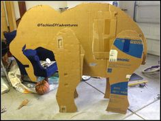 Tutorial on how to make paper mache elephant (almost life size) - Techie& D. - Belinda Jerden - - Tutorial on how to make paper mache elephant (almost life size) - Techie& D. Paper Mache Projects, Paper Mache Crafts, Safari Party, Safari Theme, Jungle Theme, Making Paper Mache, How To Paper Mache, Grandeur Nature, Paper Mache Animals