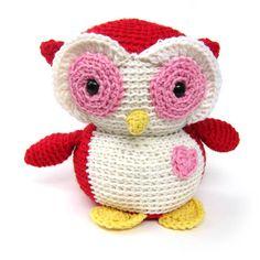 Valentine Owl #crochet #amigurumi design by FreshStitches