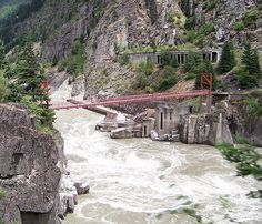 Hell's Gate, Fraser River Canyon east of Vancouver, BC