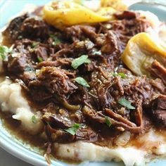 Mississippi Pot Roast {The BEST Pot Roast EVER} - This Mississippi Pot Roast is the most delicious pot roast you will EVER eat! Made with just five simple ingredients and slow cooked in the crockpot, you are going to fall in love with this! Easy Crockpot Chicken, Healthy Crockpot Recipes, Roast In Crockpot, Beef Bourguignon, Carne Asada, Pot Roast Recipes, Beef Recipes, Kale Recipes, Healthy Recipes