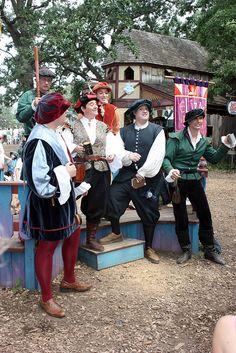 Bass & Tenor = Elizabethan Syngers Minnesota Renaissance Festival