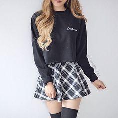 Fashion ideas on korean fashion outfits 467 Girly Outfits, Cute Casual Outfits, Skirt Outfits, Outfits For Teens, Cute Fashion, Girl Fashion, Fashion Outfits, Fashion Black, Fashion Ideas