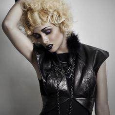 Hair & makeup: Sherri Jessee for RUSK Photo: Jason Setiawan