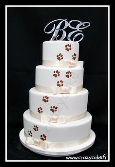 Cat paws Wedding Cake