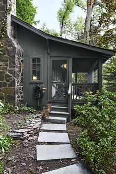 Take a Peek Inside Danny Seo's Tiny Home - Small Cabin Decorating Ideas Rustic Houses Exterior, Exterior House Colors, Exterior Paint, Metal Building Homes, Building A House, Metal Homes, Cabins In Wisconsin, Mountain Home Exterior, Casa Hotel